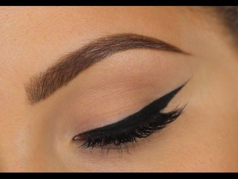 How To Get Perfect Winged Liner | Tips For Hooded Eyes - YouTube