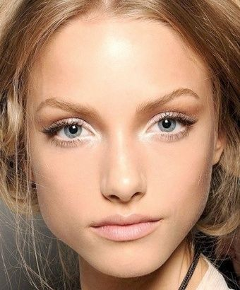 How To Make Your Eyes Look Bigger Without Looking Ridiculous Love the big doe-ey...