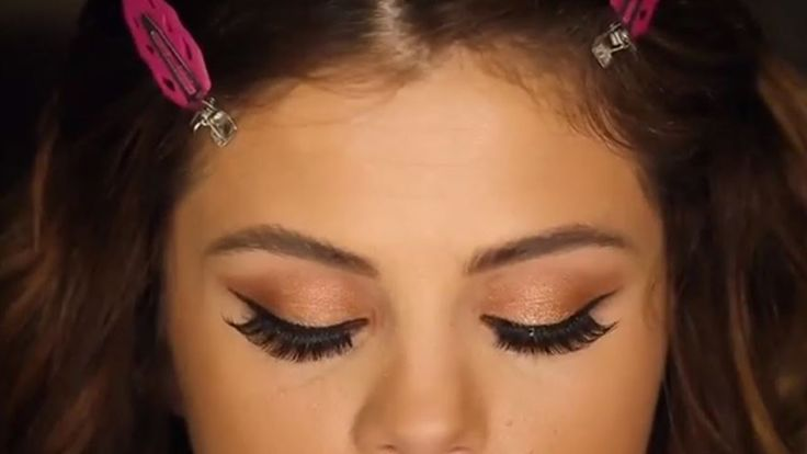 Selena Gomez Shares Revival Tour Makeup Tutorial On Instagram