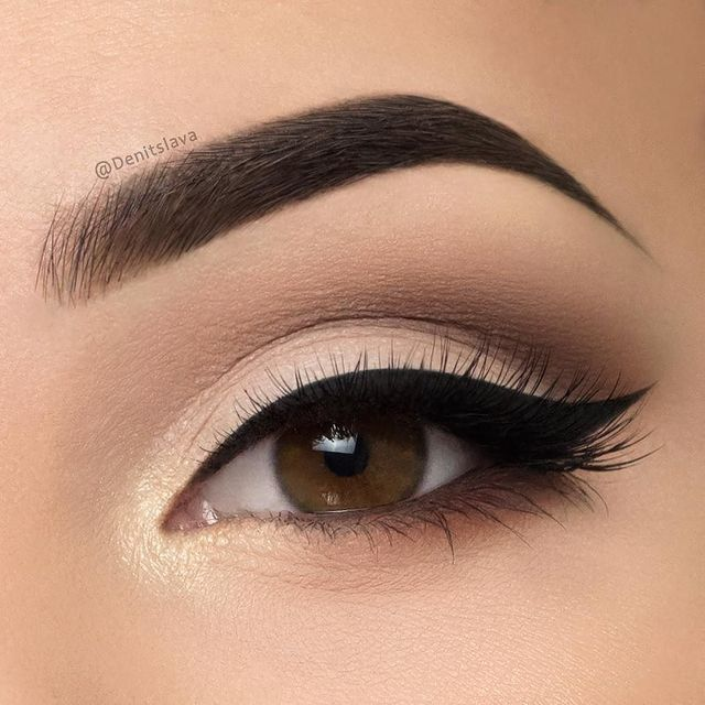 i love eyeliner and these faux eyelashes, especially the eyebrow!!! I really wou...