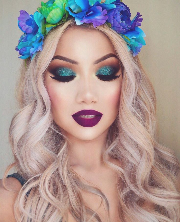 this makeup is good because its very bright and colourful this would look good o...