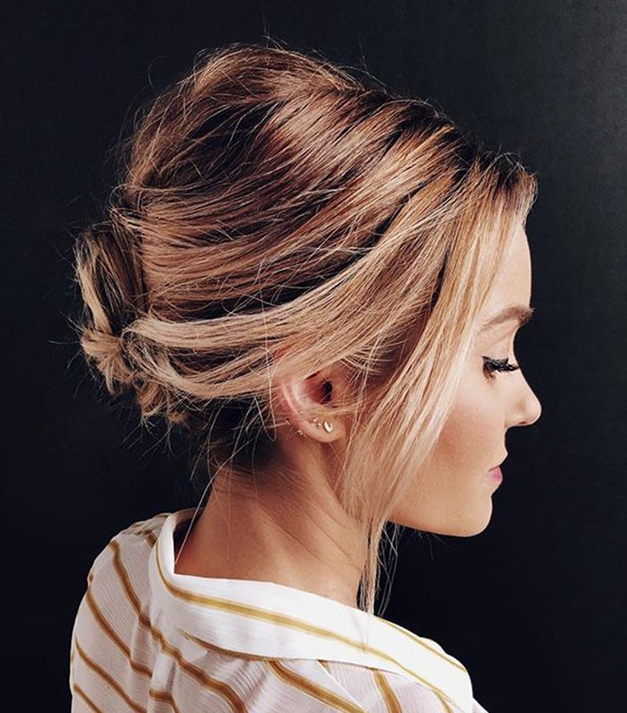 Bridal hair doesn't have to be complex. Inside, see 20 simple wedding hairst...