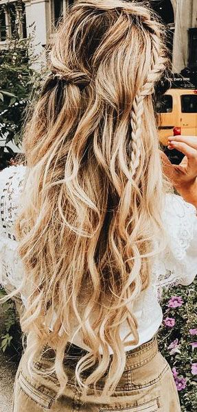 The Ultimate Hairstyle Handbook Everyday Hairstyles for the Everyday Girl Braids...