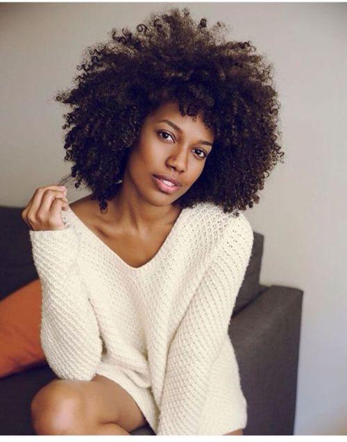 "naturalhairqueens: ""Curly world girl """
