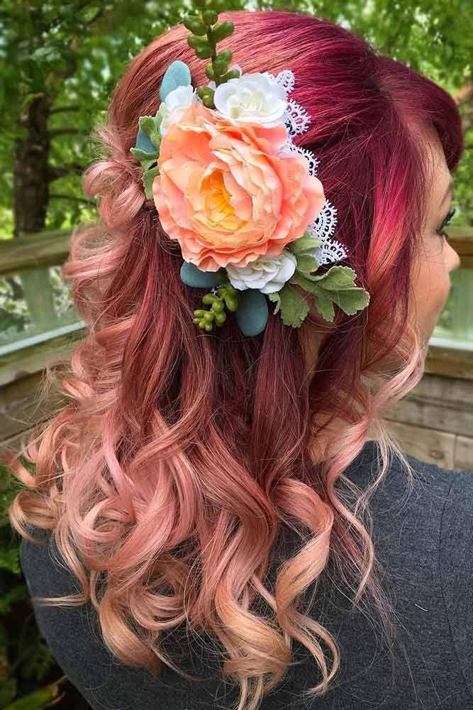Highlights on Long Burgundy Hair #wavyhair #burgundyhair ❤️ Highlighted hair...