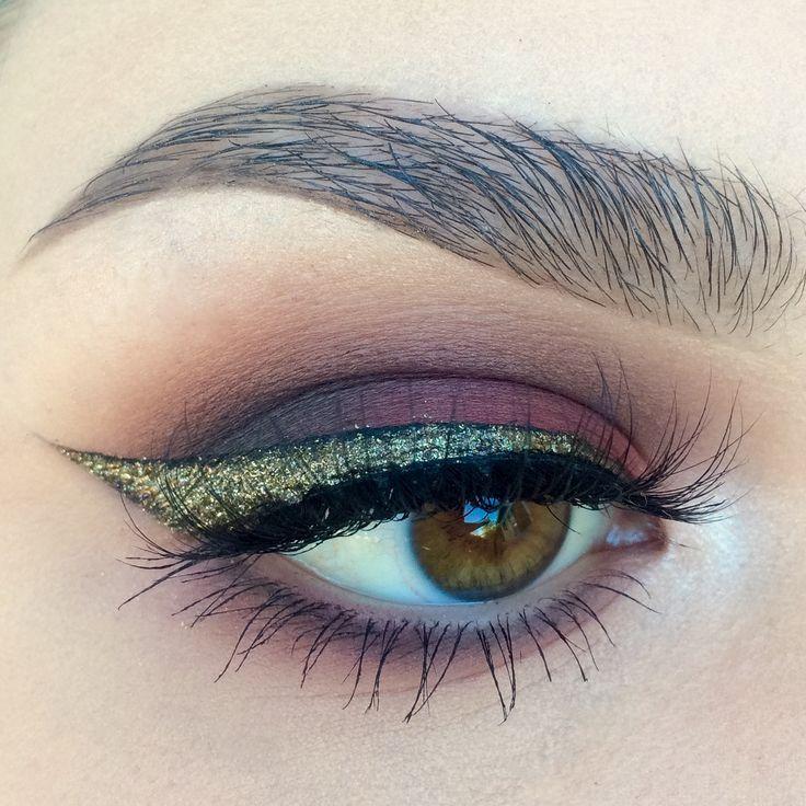 Makeup Geek Eyeshadows in Bitten, Corrupt, Creme Brulee and Shimma Shimma + Make...