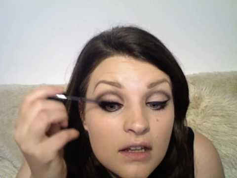 Pixiewoo's Barbara Streisand makeup tutorial video --- I adore her voice.