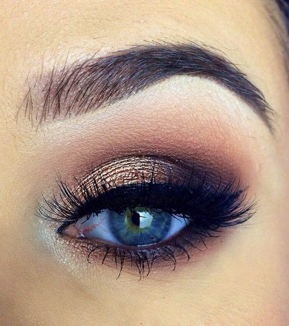 This look is very much in the warmer tones.                              …