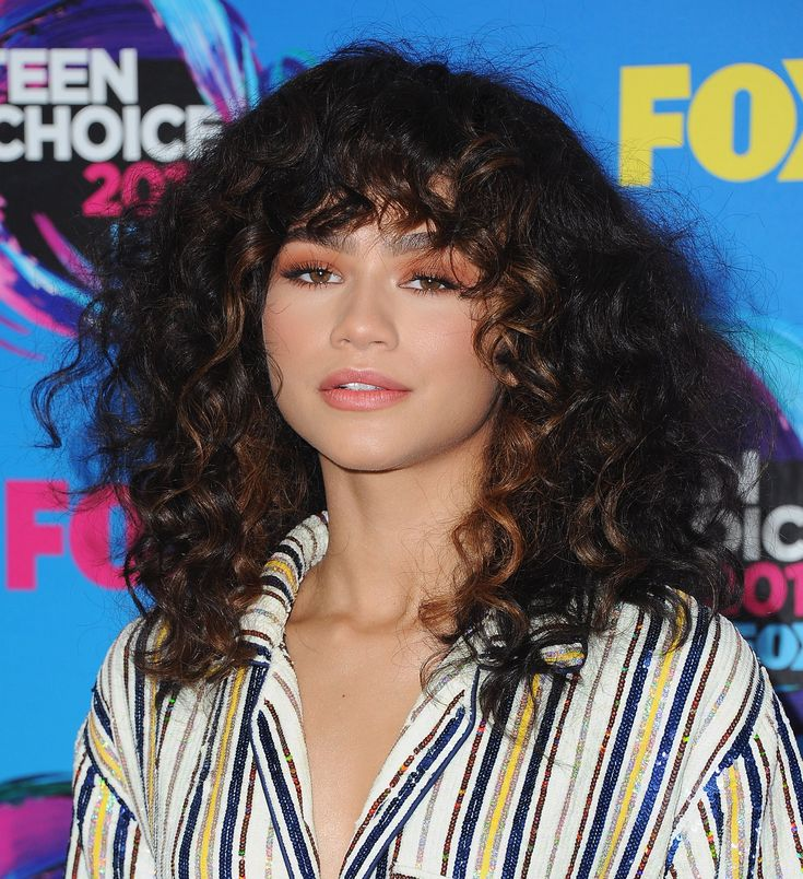 Frame Your Face how to style curly bangs