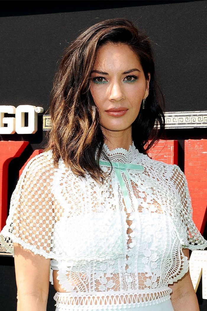 These Olivia Munn hairstyles are undoubtedly her best yet. Take a look at her st...