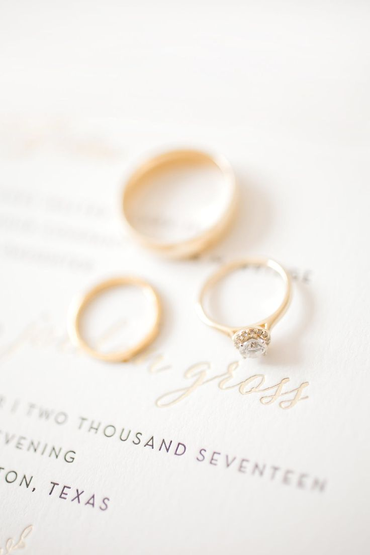 Julie Ideson Library Wedding Bride engagement ring   PHOTOGRAPHY Mustard Seed Ph...
