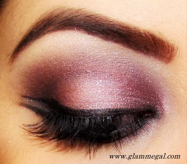 PINK SMOKEY EYE URBAN DECAY AMMO PALETTE