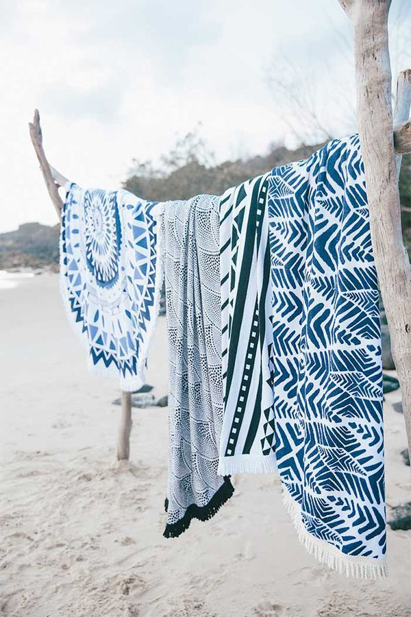 SUMMER ESSENTIAL: BEACH TOWEL BY THE BEACH PEOPLE (style-files.com)