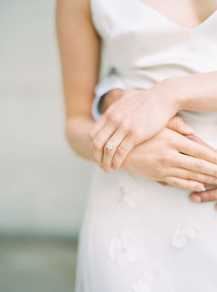 Looking for the Perfect Engagement Ring? Here are 10 Things You Should Know. Pho...