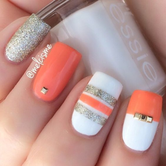 Here comes one among the best nail art style concepts and simplest nail art layo...