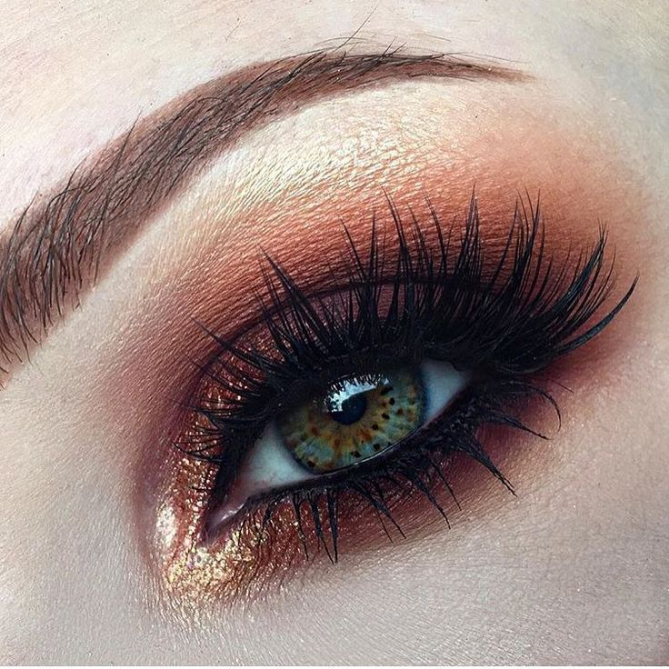 Obsessed with eyes?!  #Repost via @karissa_mua who says: ・・・ Tried out my ...