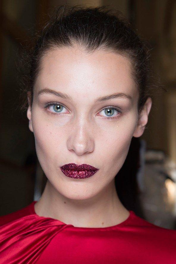Red glitter lip. Atelier Versace. Bella Hadid. Pat McGrath
