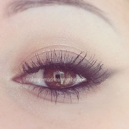 Soft Cat Eye: This site has every imaginable idea for using eye makeup. Some are...