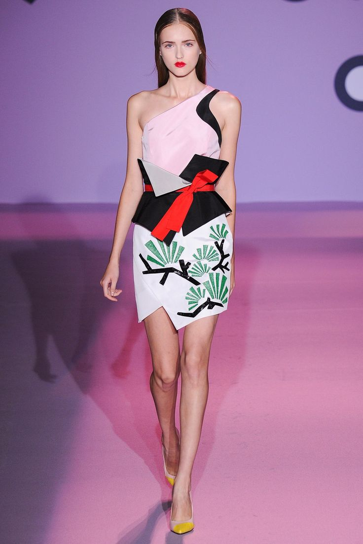 Andrew Gn Spring 2015 Ready-to-Wear Fashion Show