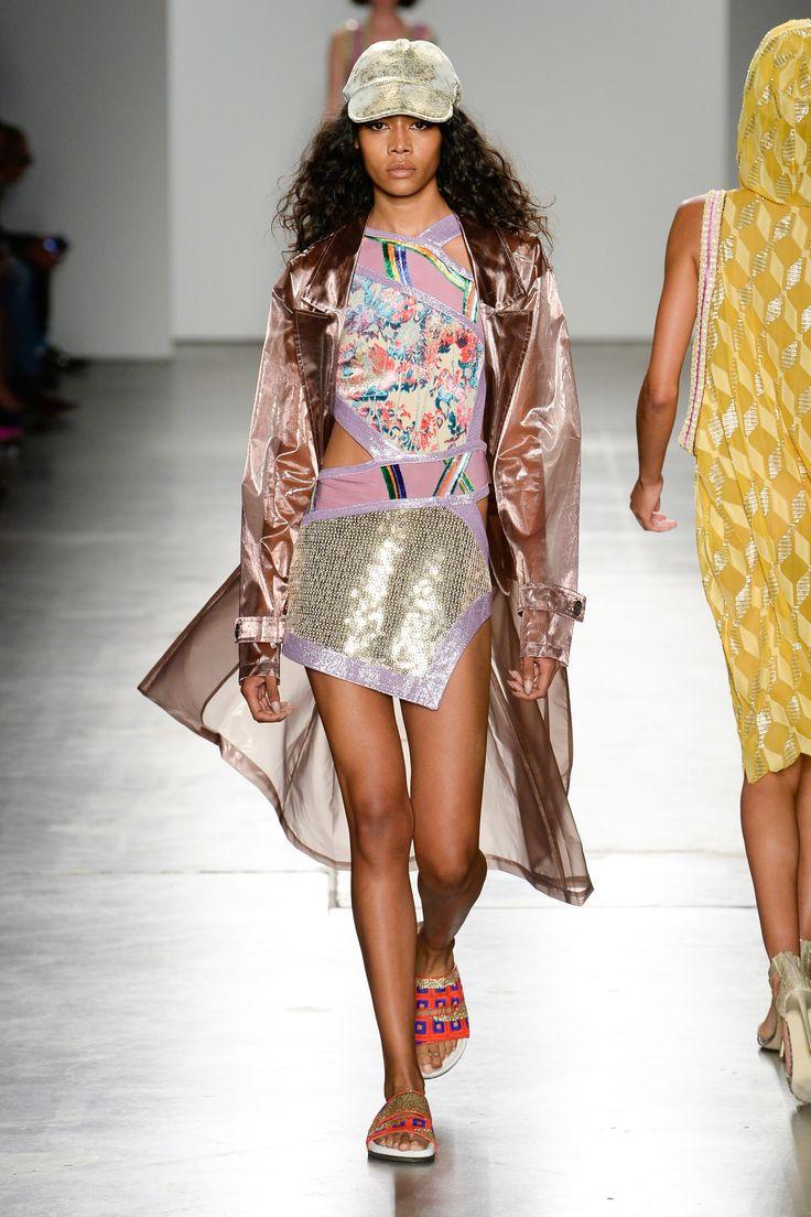 Custo Barcelona Spring 2018 Ready-to-Wear Collection Photos - Vogue