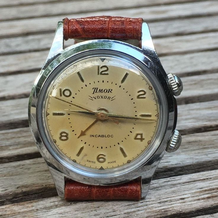 1956 : This watch was serviced & cleaned in August 2017. This beautiful watch, p...