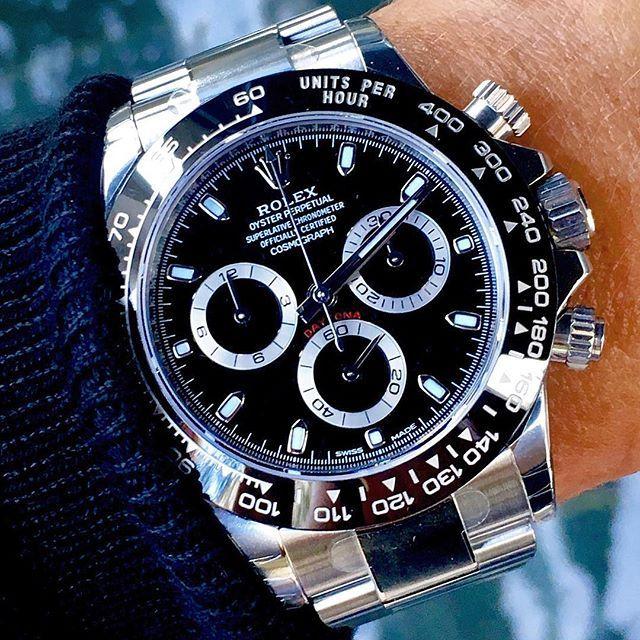 Rolex is een A-merk opdat je er een een hoge prijs voor betaald en een hoge kwal...