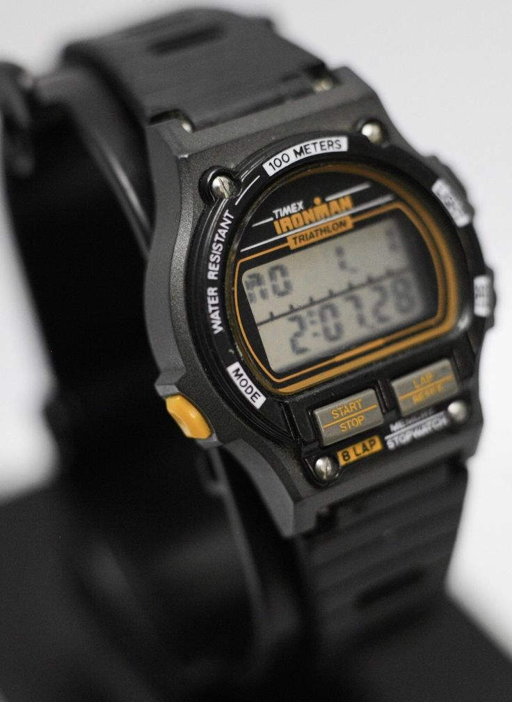 This Timex Ironman Triathlon 8 Lap Pre-Indiglo 100m Womens Wrist Watch Is In Ver...