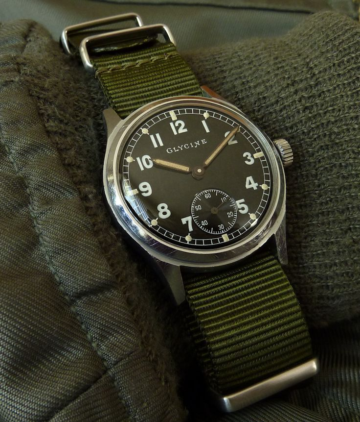 WWII Glycine German army issue, AS1130 movement