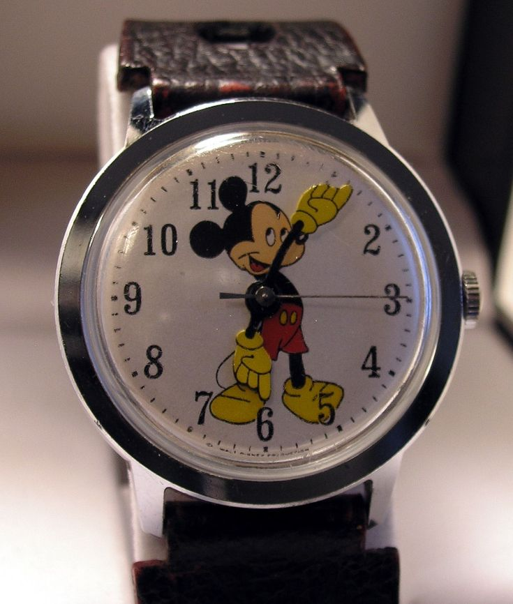 antique timepieces | Watches at cyberphreak.com » Vintage Timex Mickey Mouse, 1...