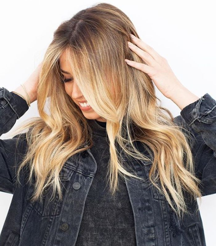 Balayage blonde hair comes in many different forms. Click here to see 15 example...
