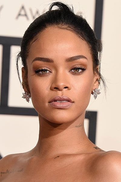 Rihanna's smoky eye
