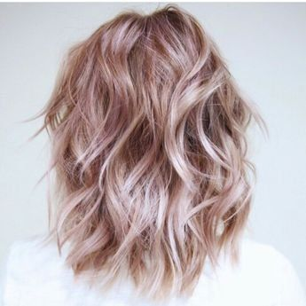 The 'It' Shade of Blonde for Summer, According to a Celebrity Hair Stylist |...