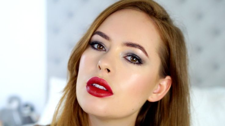 Best Ideas For Makeup Tutorials    Picture    Description  Cara Delevingne Red C...