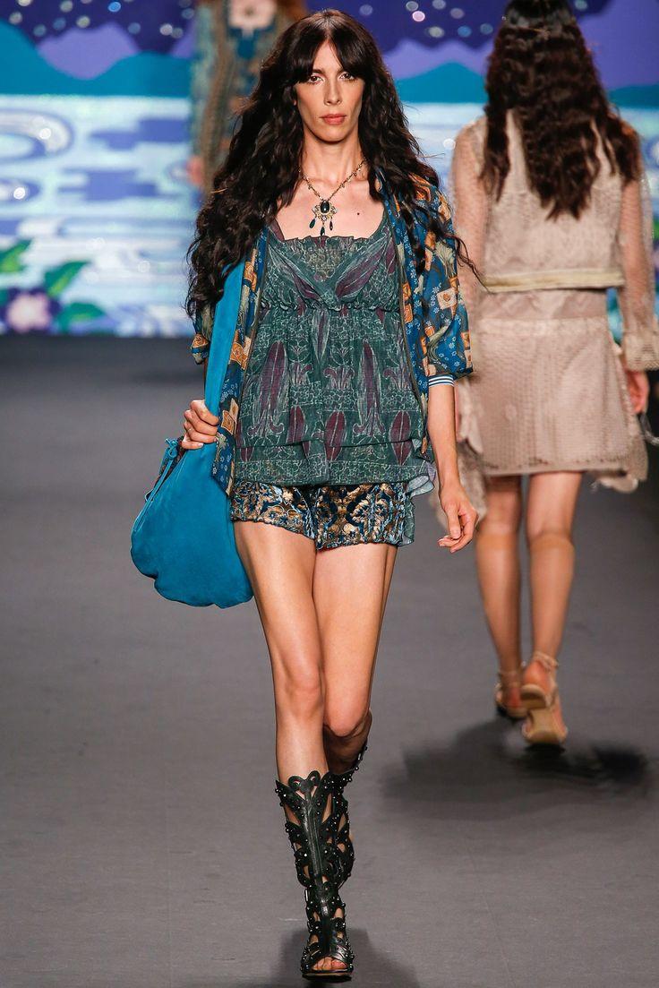Anna Sui Spring 2014 Ready-to-Wear Fashion Show