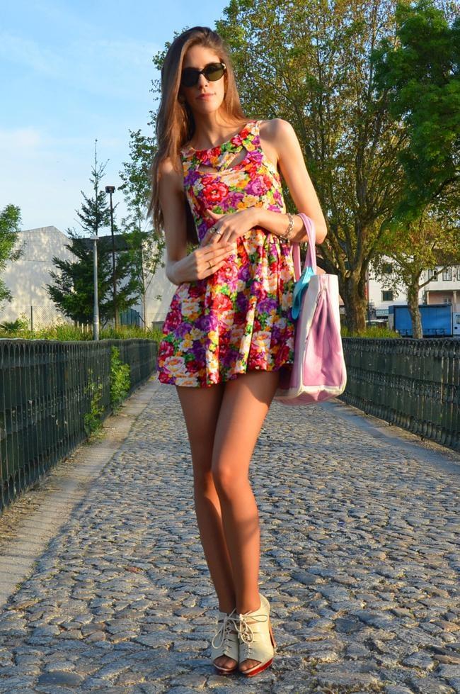Dolce Floral Dress on lolobu.com/o/3371