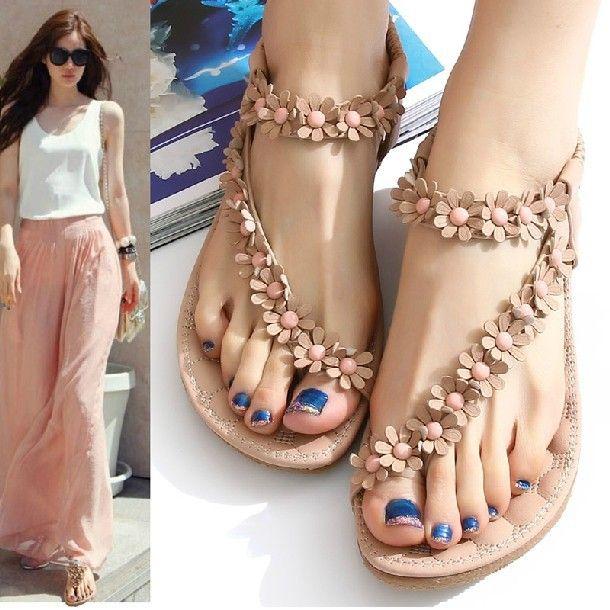 I love these sandals!                    Summer Beach Flip Flops #PenguinTeen #S...