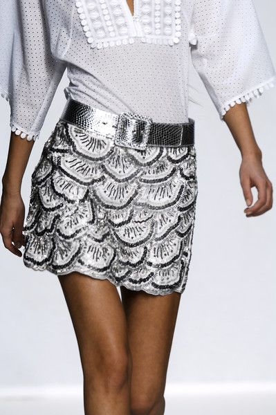 gorgeous white and silver combination #fashion