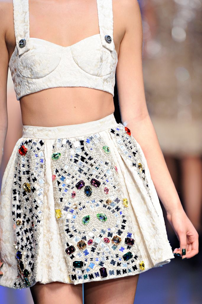 mulberry-cookies:    Dolce & Gabbana S/S 2012 (details)