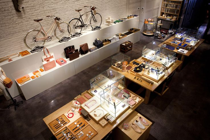 Little Mecca for watches, notebooks, bags and bikes @ Shinola | TriBeCa, New Yor...