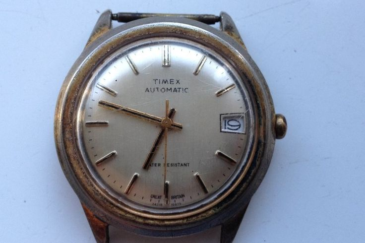 ON AUCTION ON THURSDAY 28 JULY FROM 8pm......MENS VINTAGE TIMEX AUTOMATIC CALEND...