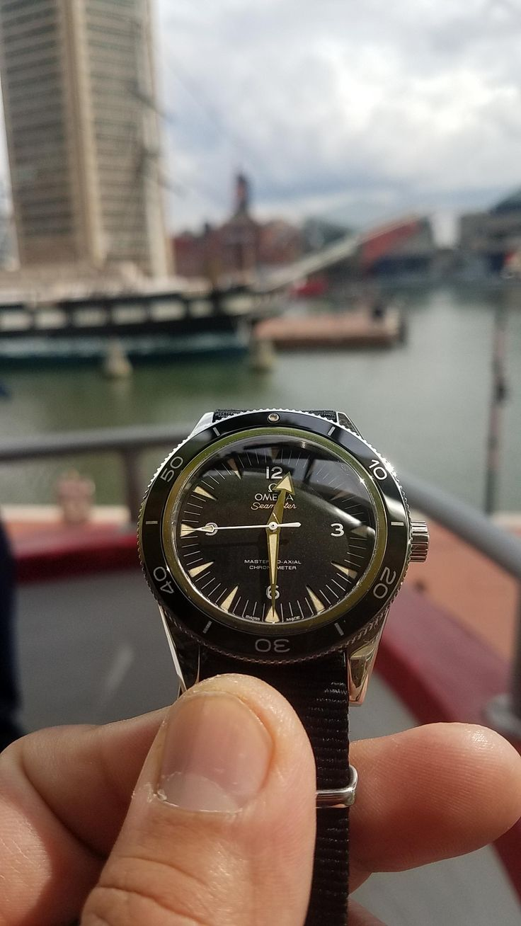 [Omega 300] A bit of time at the harbor with the Seamaster. via /r/Watches