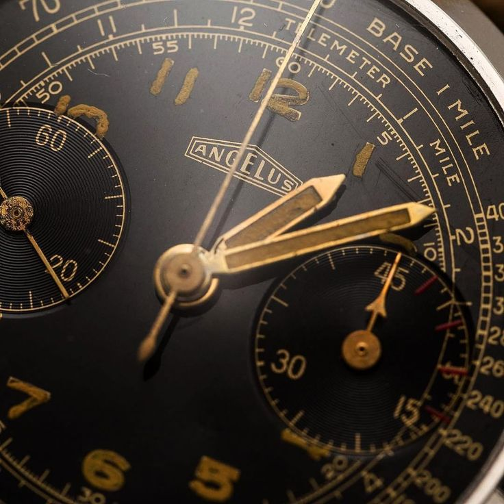 Things that inspire us: a 1950s Angelus chronograph ref. 215 | #angelus #vintage...