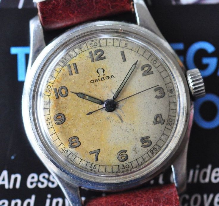 This listing is for a fascinating Omega wristwatch circa 1942. Omega was a major...