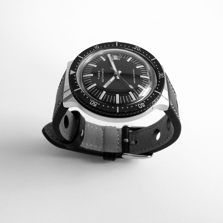 Timex Viscount Calendar 1979 - affordable vintage watches - shipping worldwide, ...