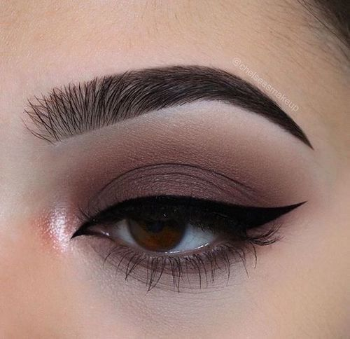 Easy Natural eye makeup tutorial step by step everyday colorful pink peach hoode...