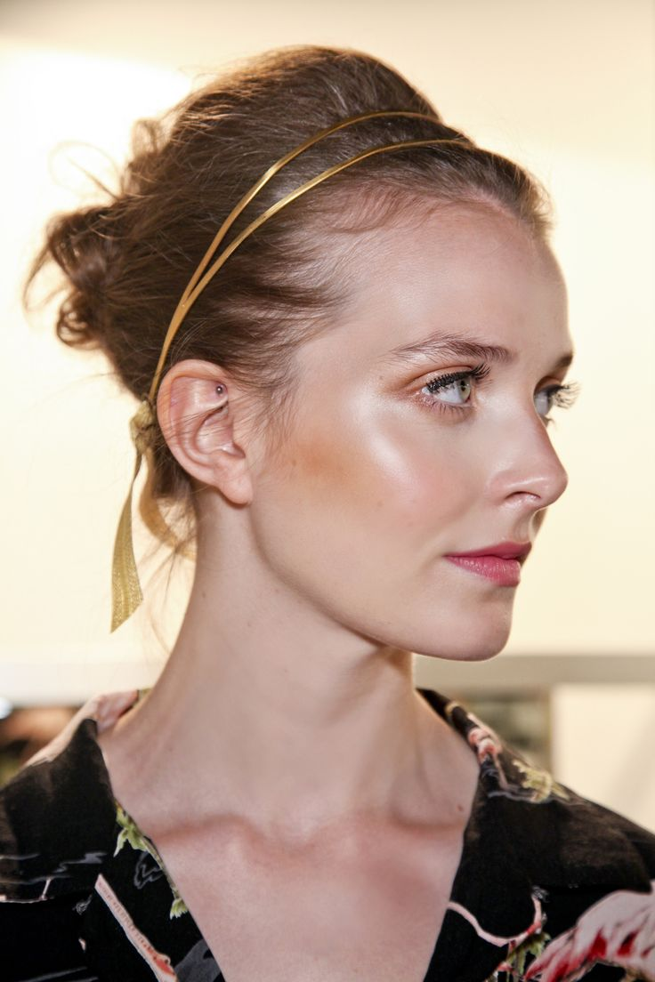 Double up on the metallic headband trend to upgrade your basic ponytail.
