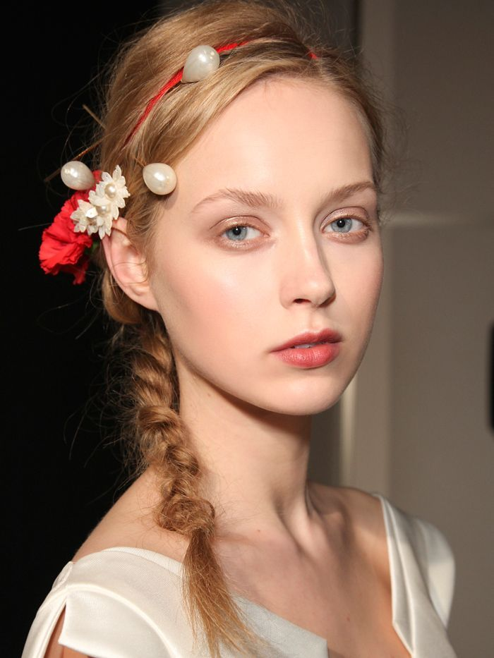 How do you style your hair for a wedding when you've got medium hair? We&#39...