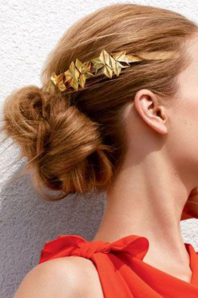 Twisted bun and gold star hair pins