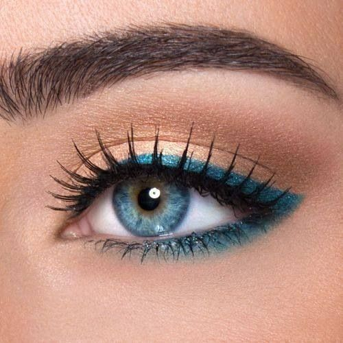 12 Pretty and Easy Ideas For Prom Makeup For Blue Eyes | Gurl.com #makeupideasfo...