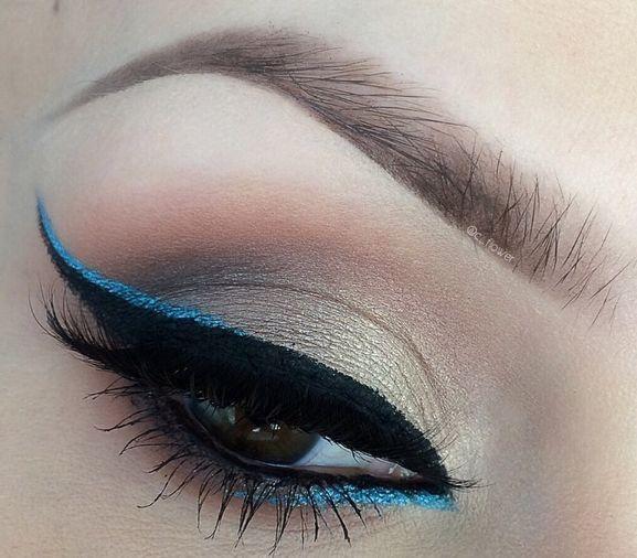 Color pop for cat eyes eyeliner